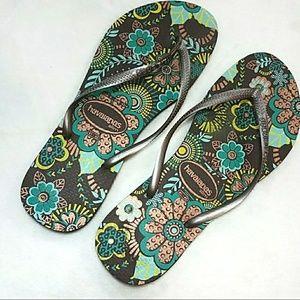 Havaianas Shoes - Havaianas Brown Floral Slim Flip Flop